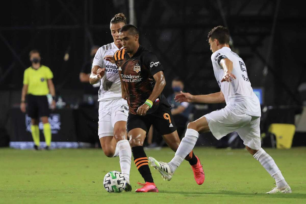 REUNION, FLORIDA - JULY 23: Mauro Manotas #9 of Houston Dynamo controls the ball during a match between Los Angeles Galaxy and Houston Dynamo as part of group F of MLS Is Back Tournament at ESPN Wide World of Sports Complex on July 23, 2020 in Reunion, Florida.