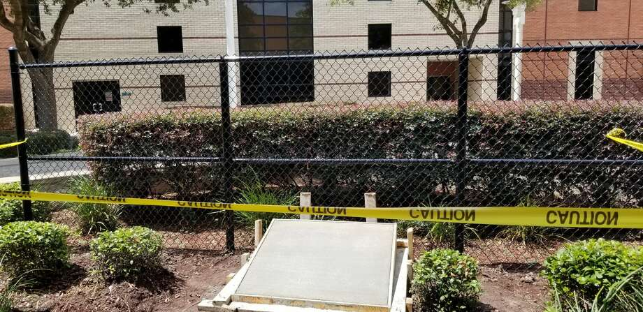 "Pasadena Memorial High School is constructing a ""Locks of Memories and Love"" fence at the school to commemorate the class of 2020. The project is under construction and will include a commemorative bronze plaque with all the names of the seniors. Photo: Courtesy: Jeremy Richardson"