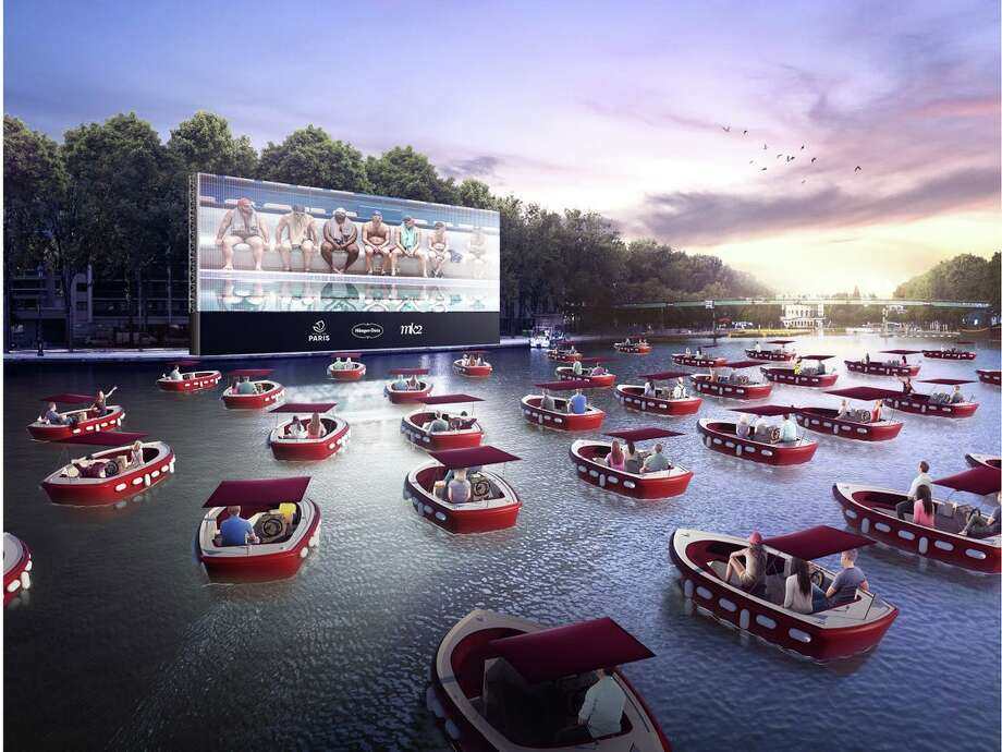 """Yes, """"Floating Cinemas"""" are a thing now. Crave a safe night out in the midst of the pandemic? Now, you can social distance while watching a film from the sweet comfort of your own mini boat at this pop-up movie experience coming to Houston in fall. Photo: Floating Cinema/Beyond Cinema"""
