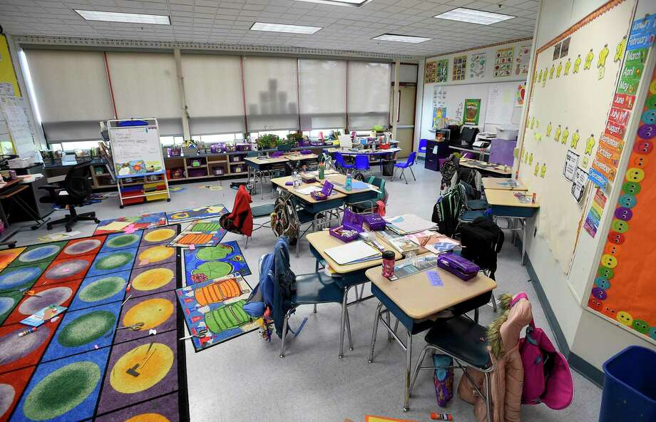 A classroom at Newfield Elementary School. Photo: Matthew Brown / Hearst Connecticut Media / Stamford Advocate