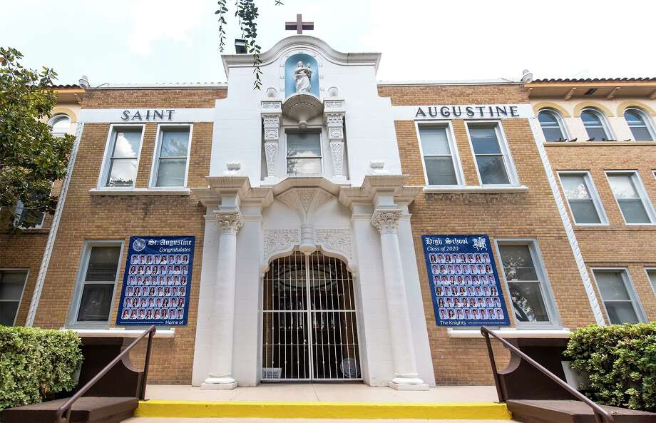 Exterior view of St. Augustine High School as seen on Friday, Jul 24, 2020. Photo: Danny Zaragoza, Staff Photographer / Laredo Morning Times
