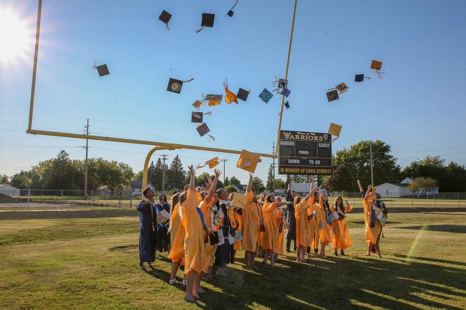 Students at North Huron High School celebrated their graduation during a ceremony Friday, July 24. Photo: Eric Young/Huron Daily Tribune / Huron Daily Tribune 2020