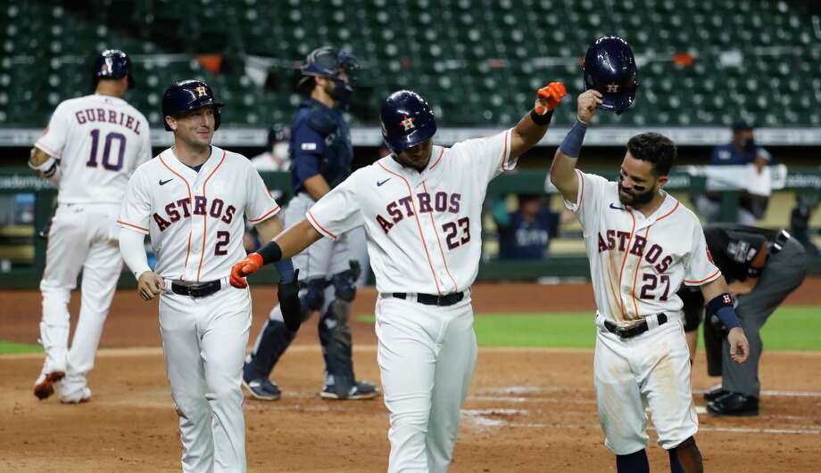 PHOTOS: More from the Astros' opening day win