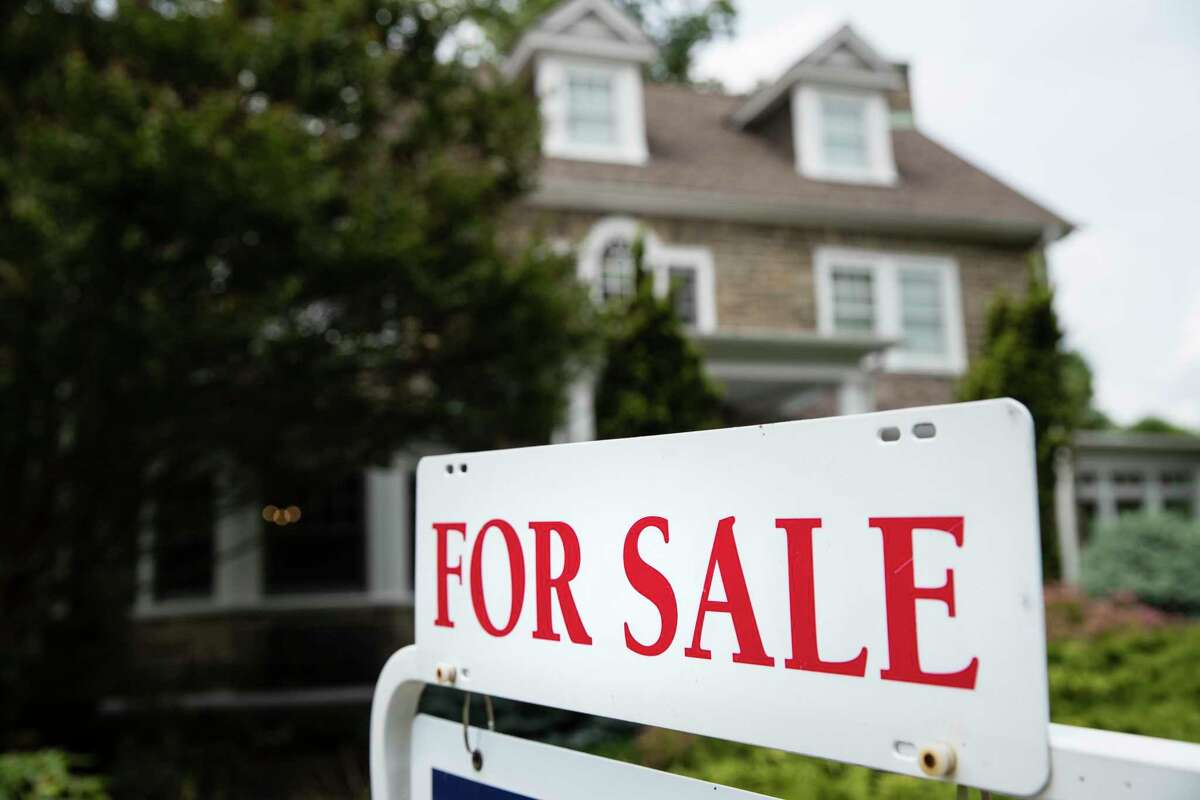 Mortgage rates have fallen to another historic low.