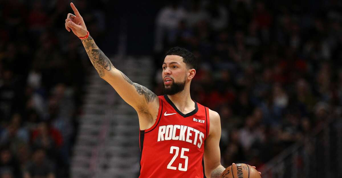 Austin Rivers #25 of the Houston Rockets reacts during the game against the New Orleans Pelicans at Smoothie King Center on December 29, 2019 in New Orleans, Louisiana. (Photo by Chris Graythen/Getty Images)