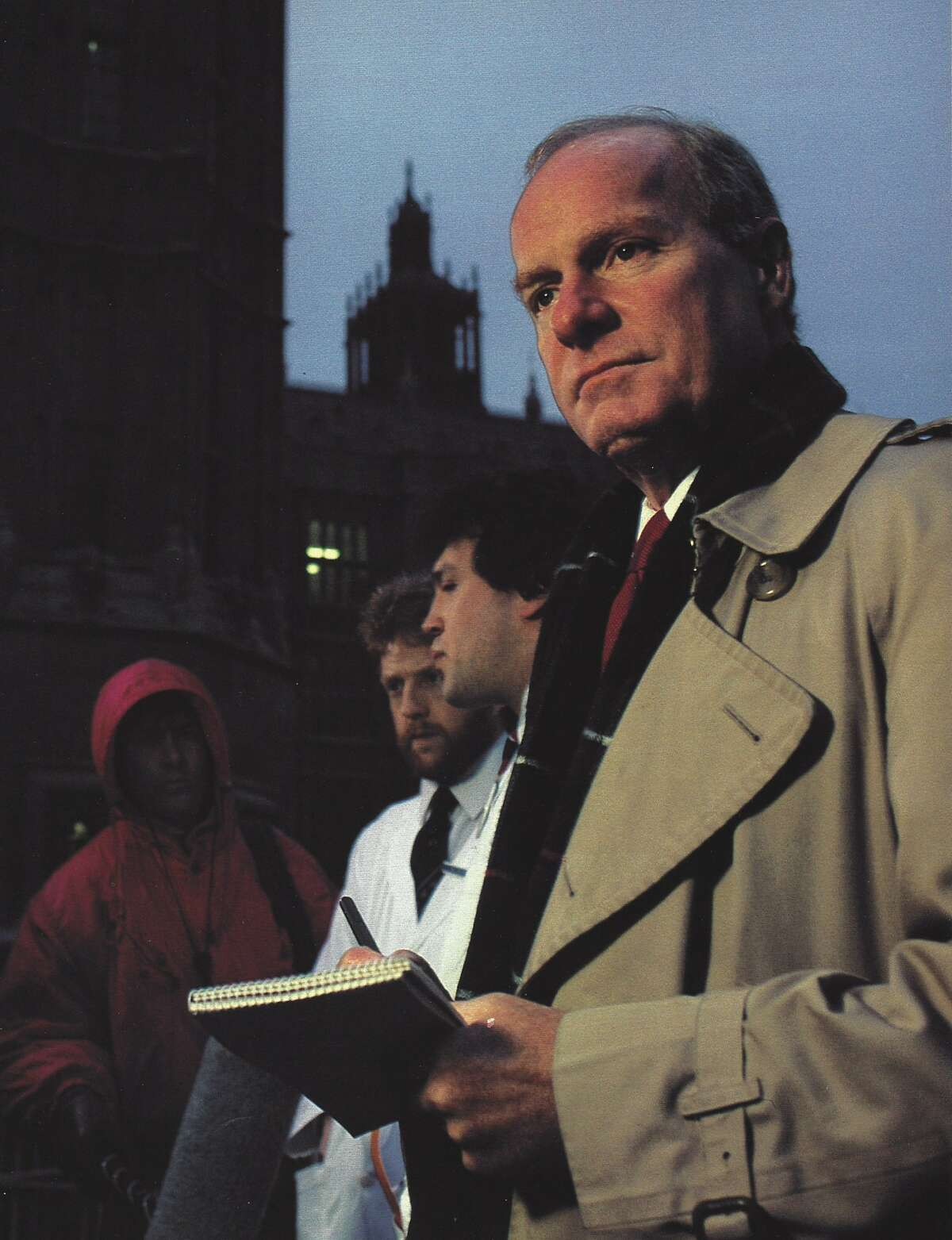 Jerry Lubenow in London after arriving to serve as bureau chief in London, in 1987