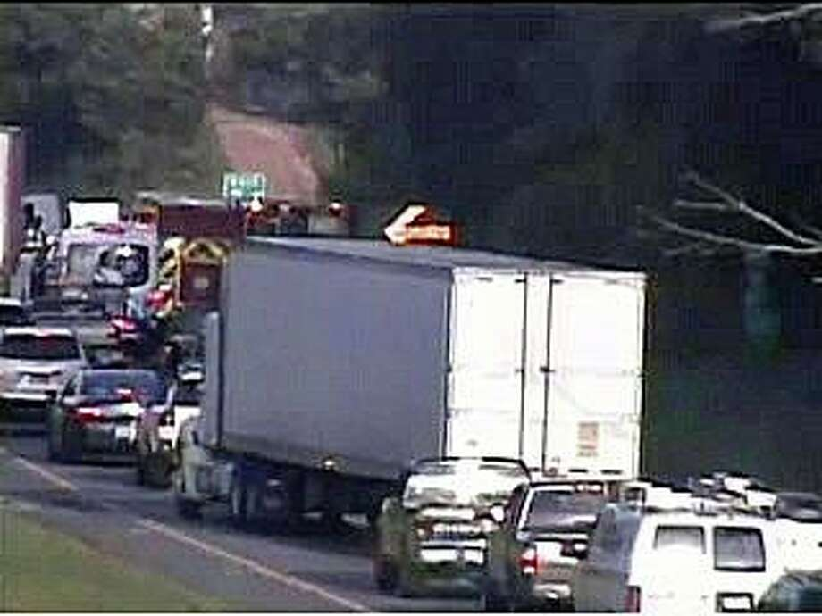 A one-vehicle motor-vehicle accident is causing heavy westbound delays on I-84 in Newtown Monday morning on July 27, 2020. Photo: CT DOT Traffic Cam Image