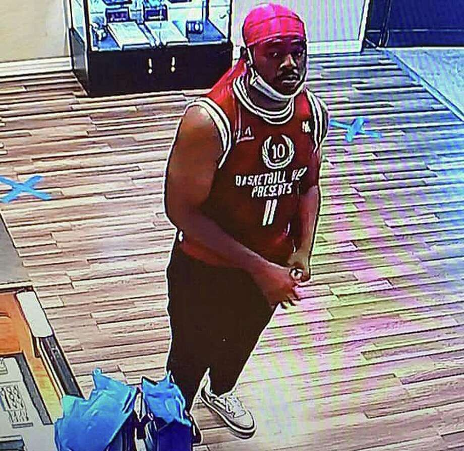 Milford police are asking the public's help to identify a suspect in the theft of  more than $9,000 in jewelry from a store in the Connecticut Post Mall on June 22, 2020. Photo: Milford Police Department