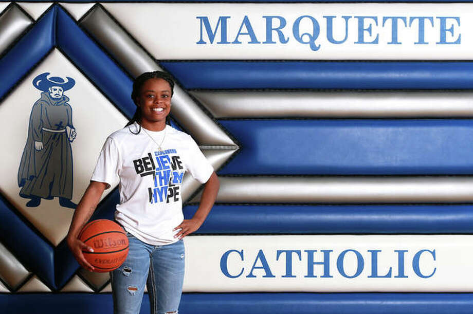 Marquette Catholic's Adrenna Snipes needed just two seasons to get to 1,000 points and the sophomore repeats as the 2020 Telegraph Small-Schools Girls Basketball Player of the Year. Photo: Billy Hurst, Front Row Photo / For The Telegraph