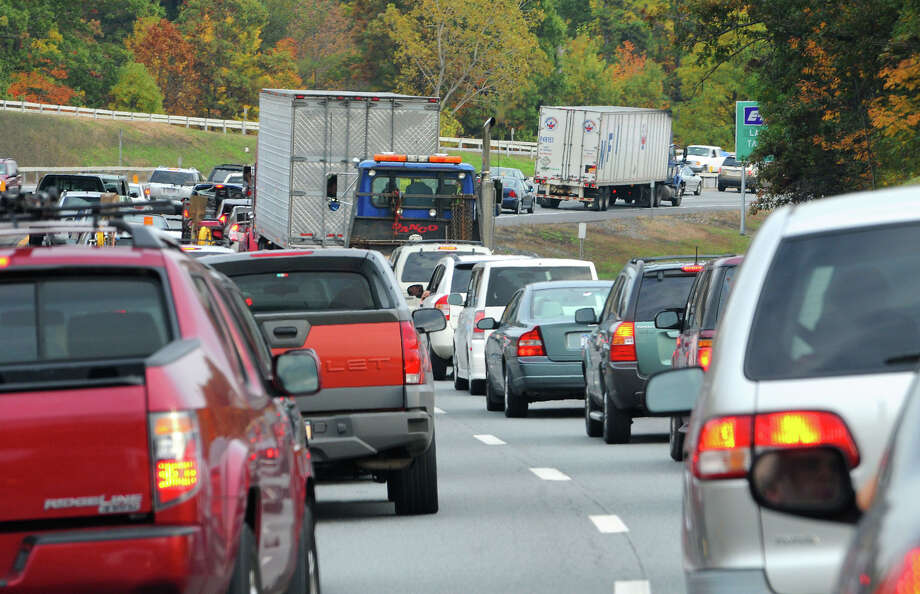 Accidents tie up Thruway between Schenectady and Albany