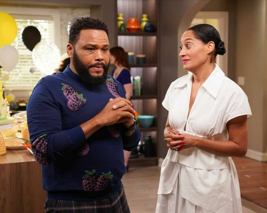 "BLACK-ISH - Tracee Ellis Ross and Anthony Anderson in ABC's ""black-ish."" Photo: Gilles Mingasson/ABC Via Getty Images / 2020 American Broadcasting Companies, Inc."