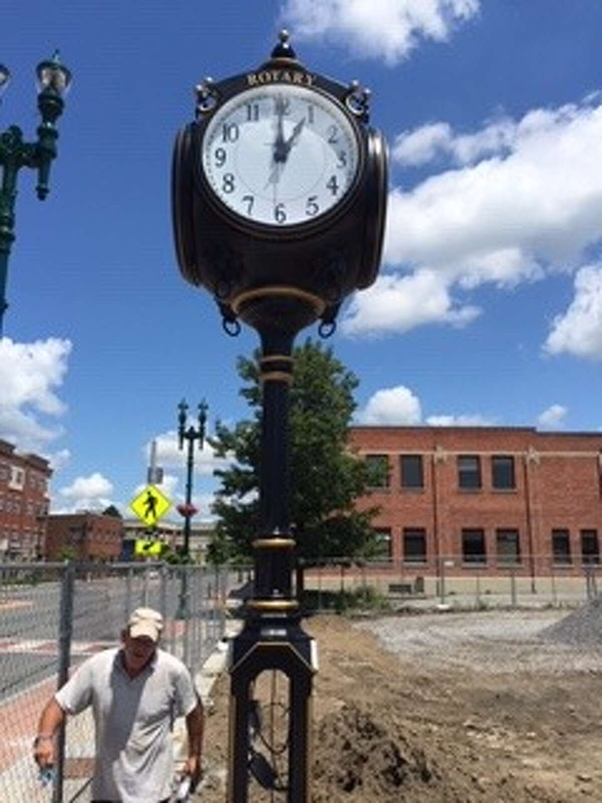 A street clock was installed near the pedestrian overpass on Erie Boulevard, Schenectady. The site will soon feature a walkway connecting the Harbor District to Jay Street (Little Italy) from Erie Boulevard. The clock was gifted to the city by the Schenectady Rotary Club in celebration of its 100th anniversary. It will be inscribed with the names of individuals, families, organizations and businesses. The participation fee for each inscription (up to 25 characters including spaces) is $250. Space limited to a total of 100 inscriptions. Details: www.schenectadyrotary.org.