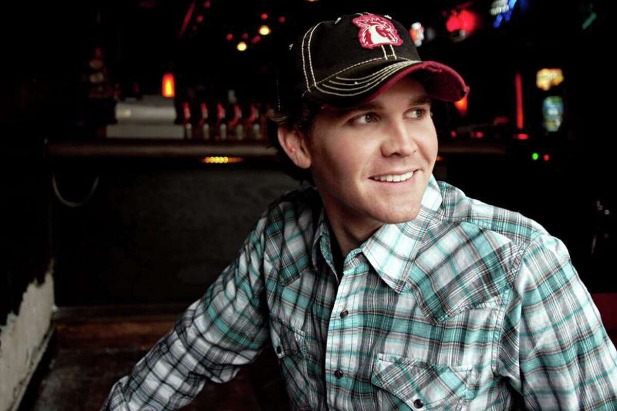 Curtis Grimes performs at the Dosey Doe Big Barn on Aug. 6.