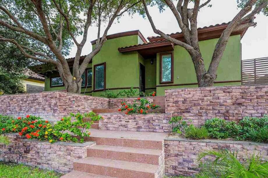 Laredo: 215 St. Julien Drive   $419,000 Photo: Har.com