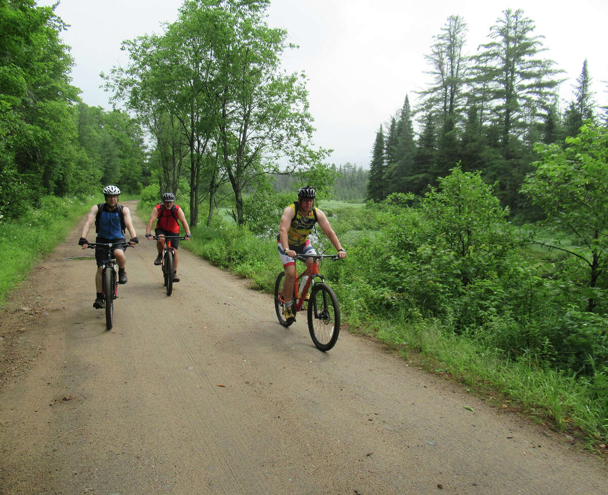 Minnesota, Cushy and Windy ride beside the Red River on Rock Dam Road in the Moose River Plains. (Herb Terns / Times Union)