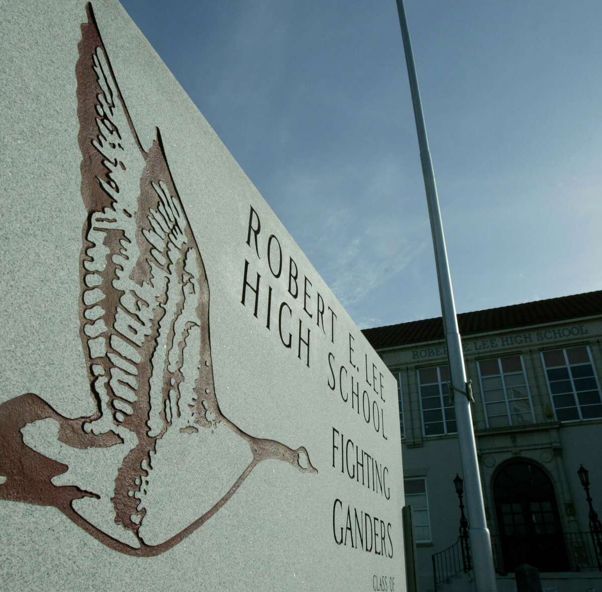 The front of Robert E. Lee High School, shown here in January 2005, in Baytown, Texas. (Kevin Fujii/Chronicle)