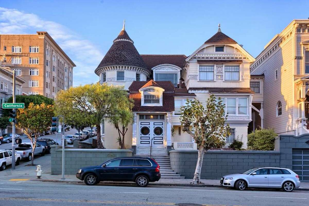 Built in 1881 and listed as No. 70 on the list of San Francisco landmarks, the home was originally known as the Atherton House. It was first built as a private home but was later broken up into individual apartments. It also may be haunted.