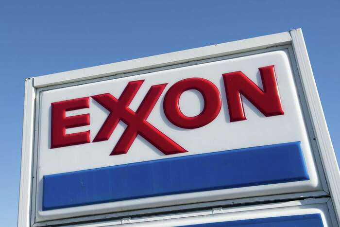 (FILES) In this file photo taken on January 5, 2016 An Exxon gas station is seen in Woodbridge, Virginia. - Exxon Mobil reported a second-quarter loss July 31, 2020, joining other petroleum giants in suffering the hit from lower oil prices due to crashing demand amid the coronavirus pandemic. (Photo by Saul LOEB / AFP) (Photo by SAUL LOEB/AFP via Getty Images)