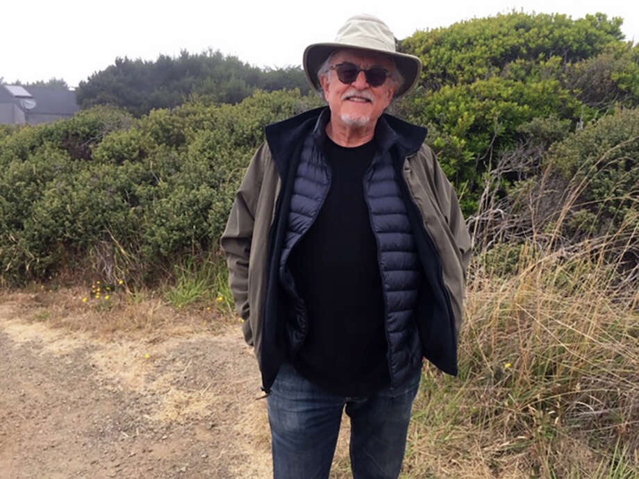 Peter Perl dropped out of a D.C.-area psychotherapy group after moving to the San Francisco Bay area three years ago. Now, he is able to meet the men in the group again virtually. must credit: Nina Shapiro-Perl Photo: Nina Shapiro-Perl, Handout / Handout