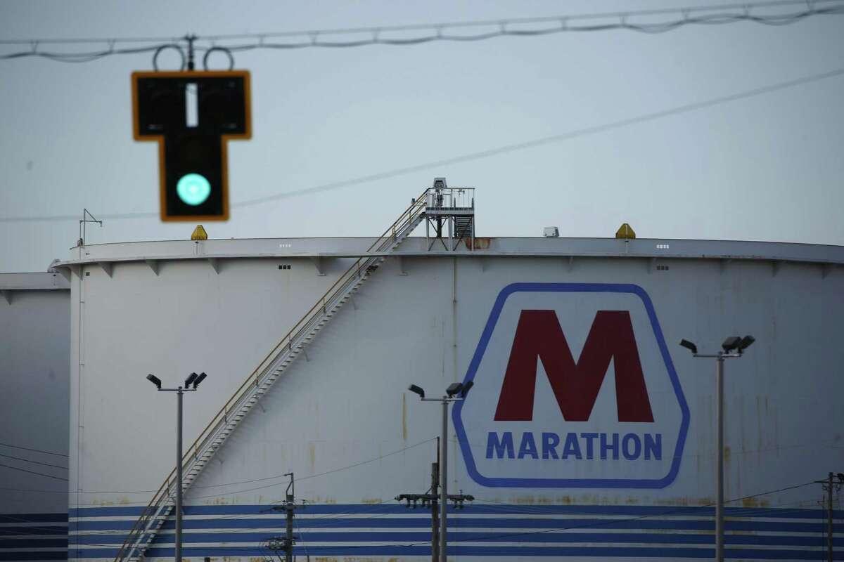 An oil storage tank at the Marathon Petroleum oil refinery in Catlettsburg, Kentucky.