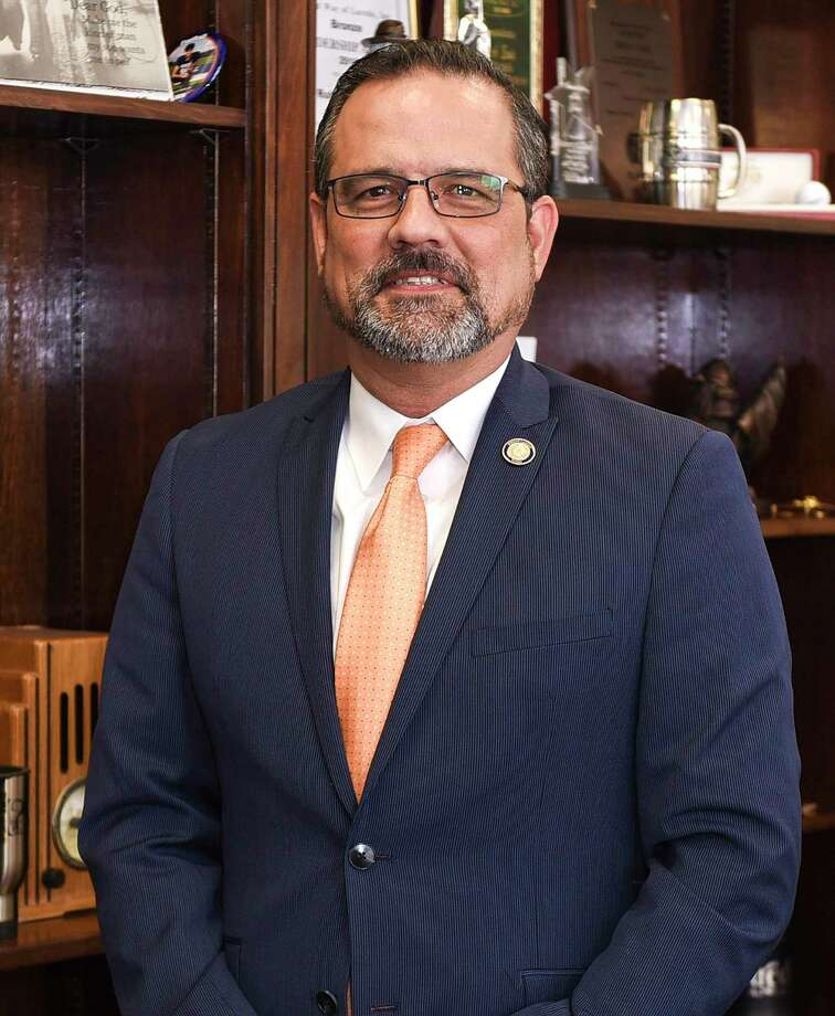 Eads Photo: Danny Zaragoza, Staff Photographer / Laredo Morning Times / Laredo Morning Times