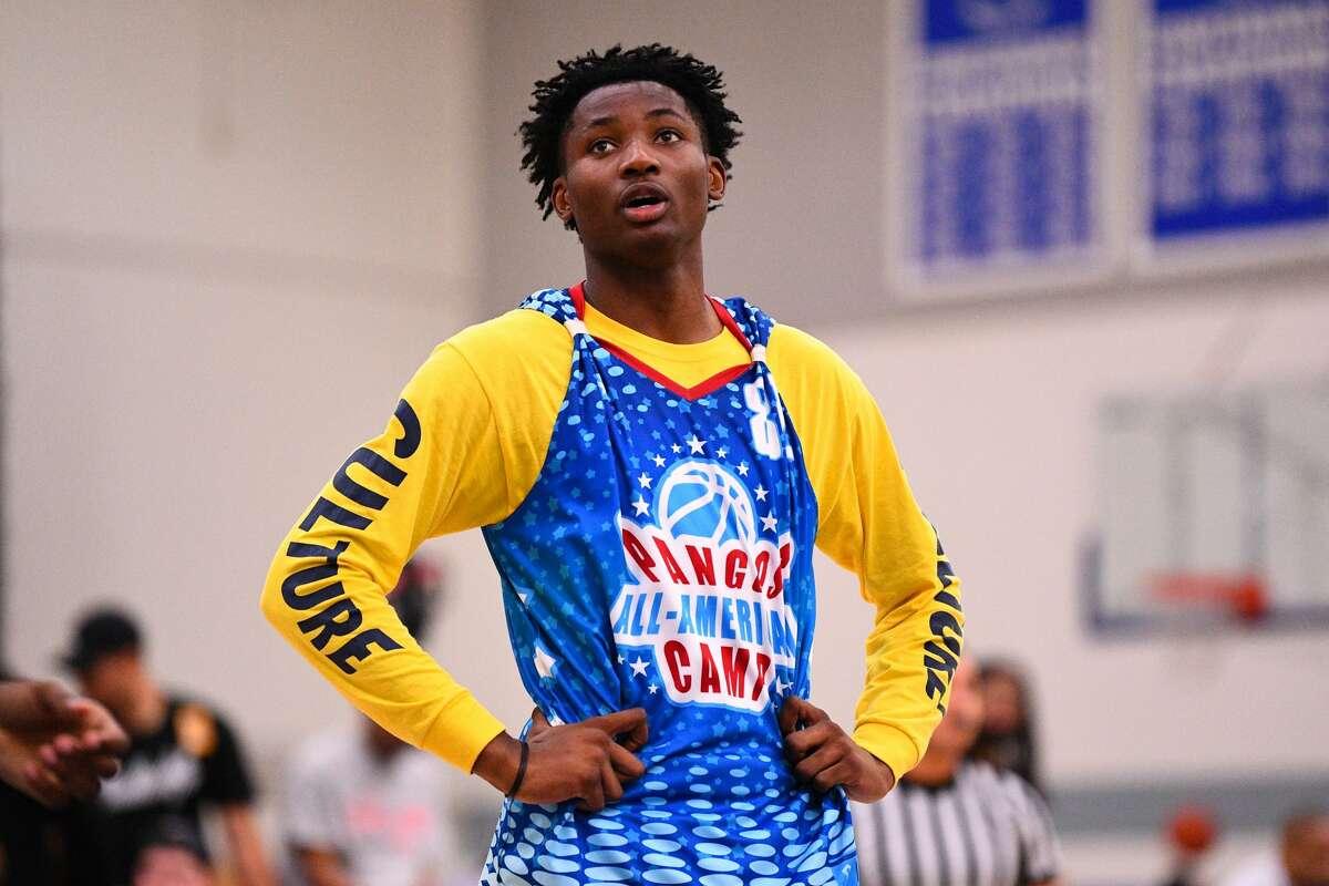 Top high school basketball prospect Jonathan Kuminga will make around half a million dollars playing for the new NBA pro pathway team.