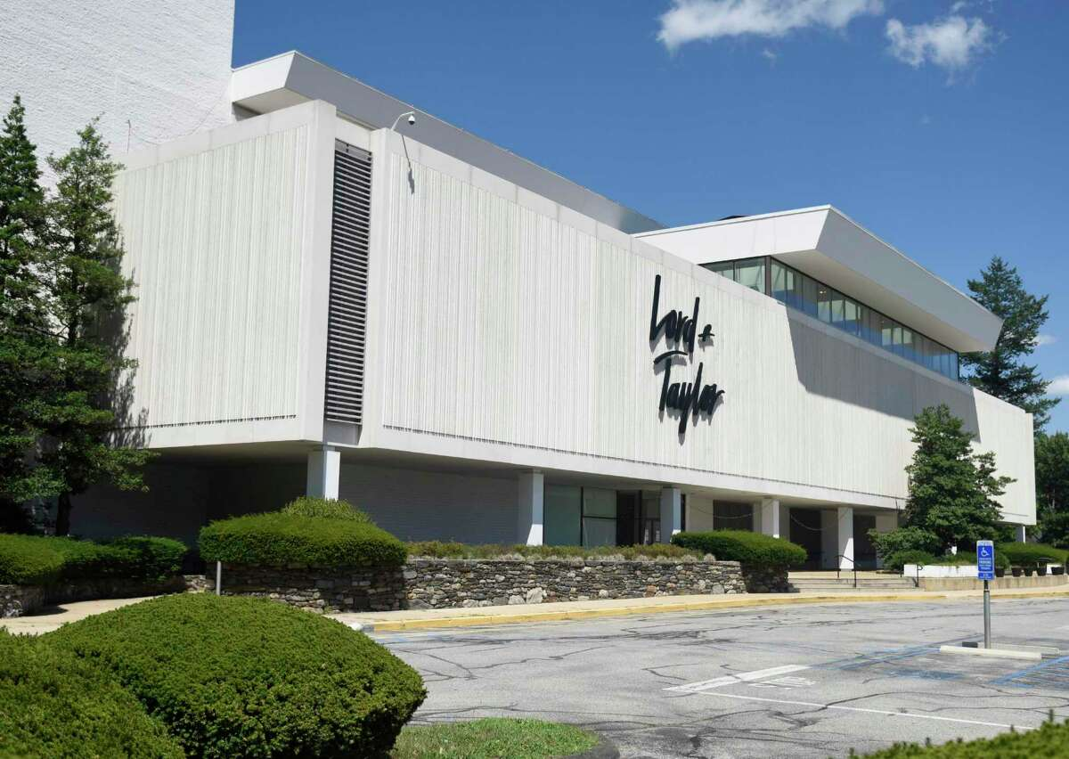 Lord + Taylor, the country's largest department store chain, has announced that it will close all 38 of its stores, including its store at 110 High Ridge Road in Stamford, Conn.