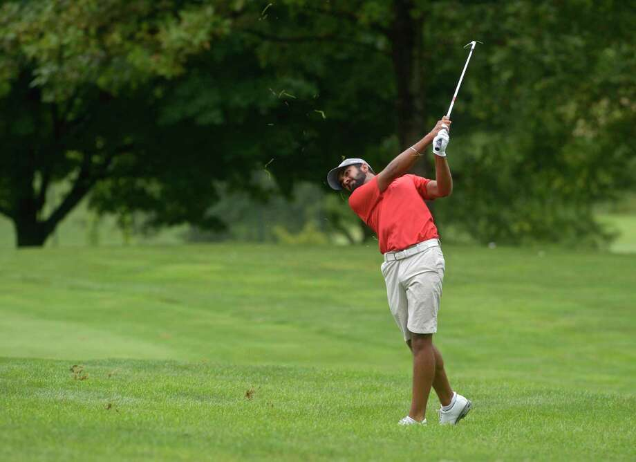 Saptak Talwar, seen here on Tuesday, remains in the lead at the Connecticut Open, held at Ridgewood Country Club in Danbury. Photo: H John Voorhees III / Hearst Connecticut Media / The News-Times