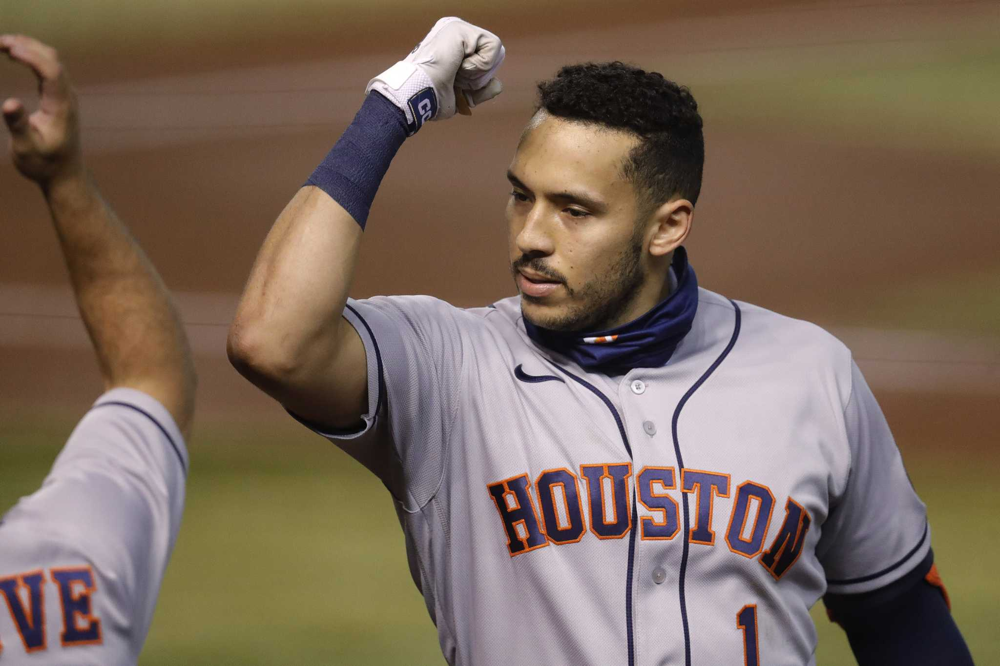 Astros insider: For Carlos Correa, it's about discipline and feeling 'sexy'