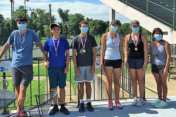 The Edwardsville 18 and under advanced Junior Team Tennis squad poses for a photo before the season was canceled. Team members are, left to right, Michael Karibian, Jade Dynamic, Jesse Hattrup, Morgan Marshall, Hannah Colbert and Chloe Trimpe.