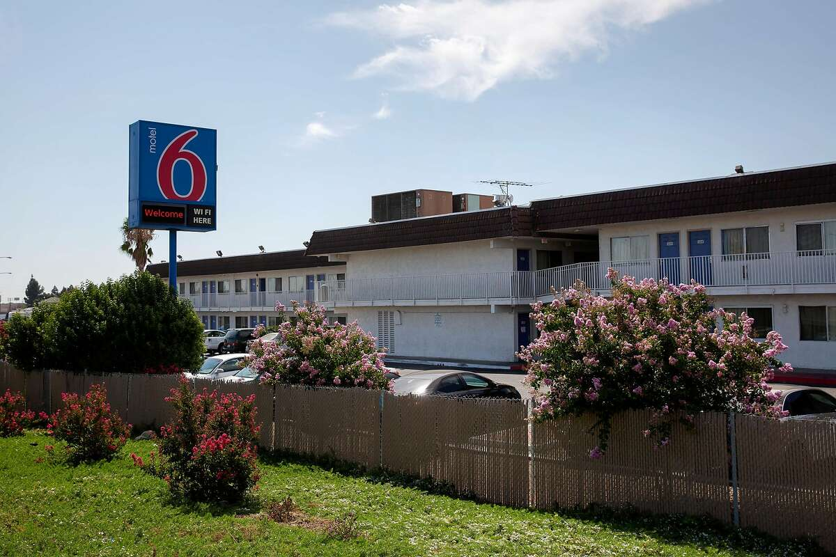 A view of the Motel 6 in Pittsburg, Calif. on Tuesday, July 28, 2020. Bay Area officials are racing to together proposals to buy hotels and motels as the state prepares to hand out hundreds of millions of dollars in the coming weeks for properties that can be turned into permanent supportive housing for homeless people.
