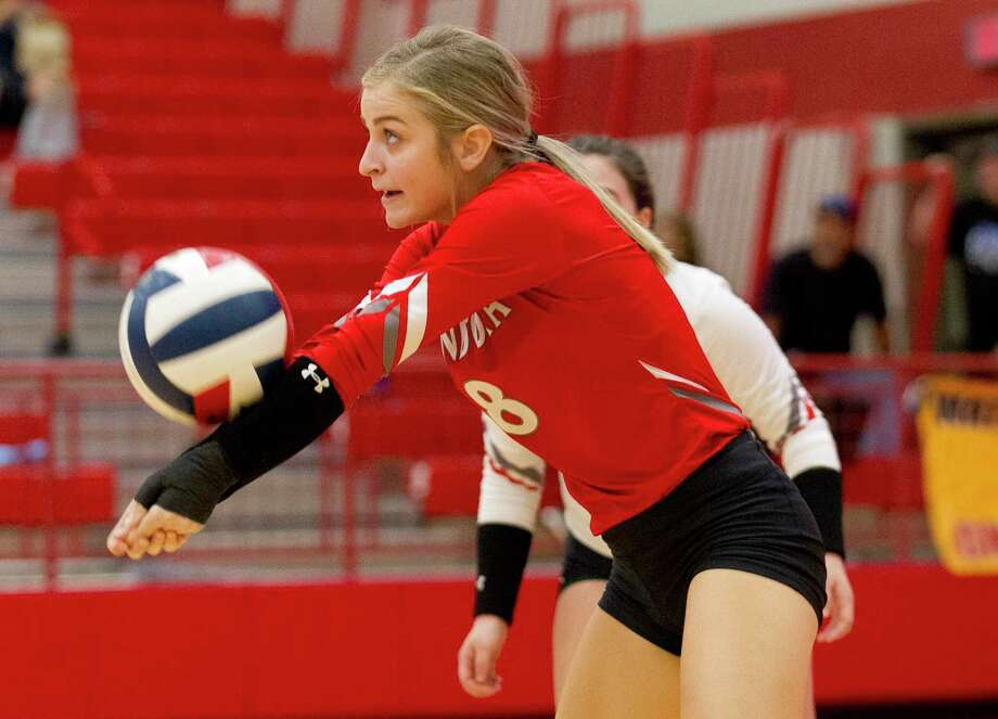 Splendora defensive specialist Ashton Schulz will be a key contributor on the back line. Photo: Jason Fochtman, Houston Chronicle / Staff Photographer / Houston Chronicle