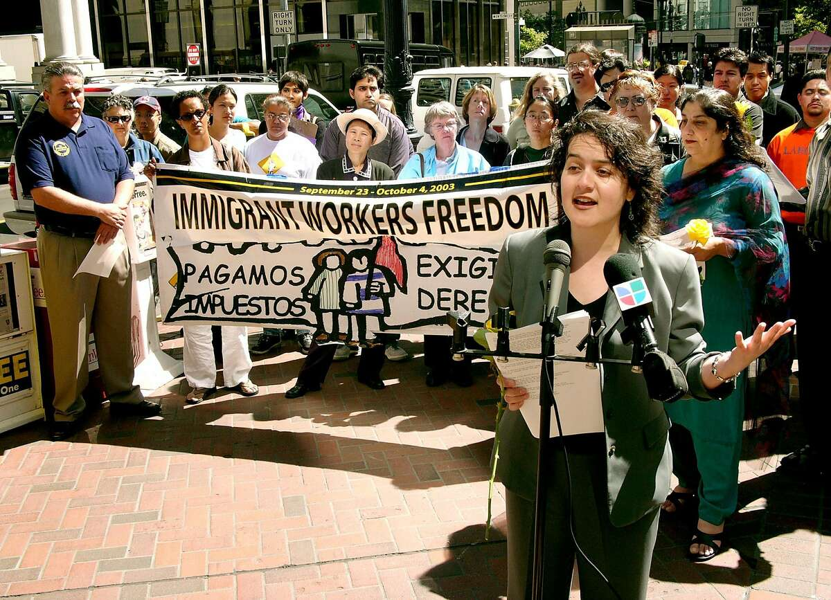 CUEVAS_049_kk.jpg Marielena Hincapie of the National Immigration Law Center speaks to the crowd. A group of immigrant community leaders, flanked by freedom ride participants and labor union representatives holds a press conference in front of Sen. Dianne Feinstein's San Francisco office (#1 Post) to call attention to comprehensive immigration reform legislation currently being introduced in congress. Chronicle photo by Kim Komenich in San Francisco.
