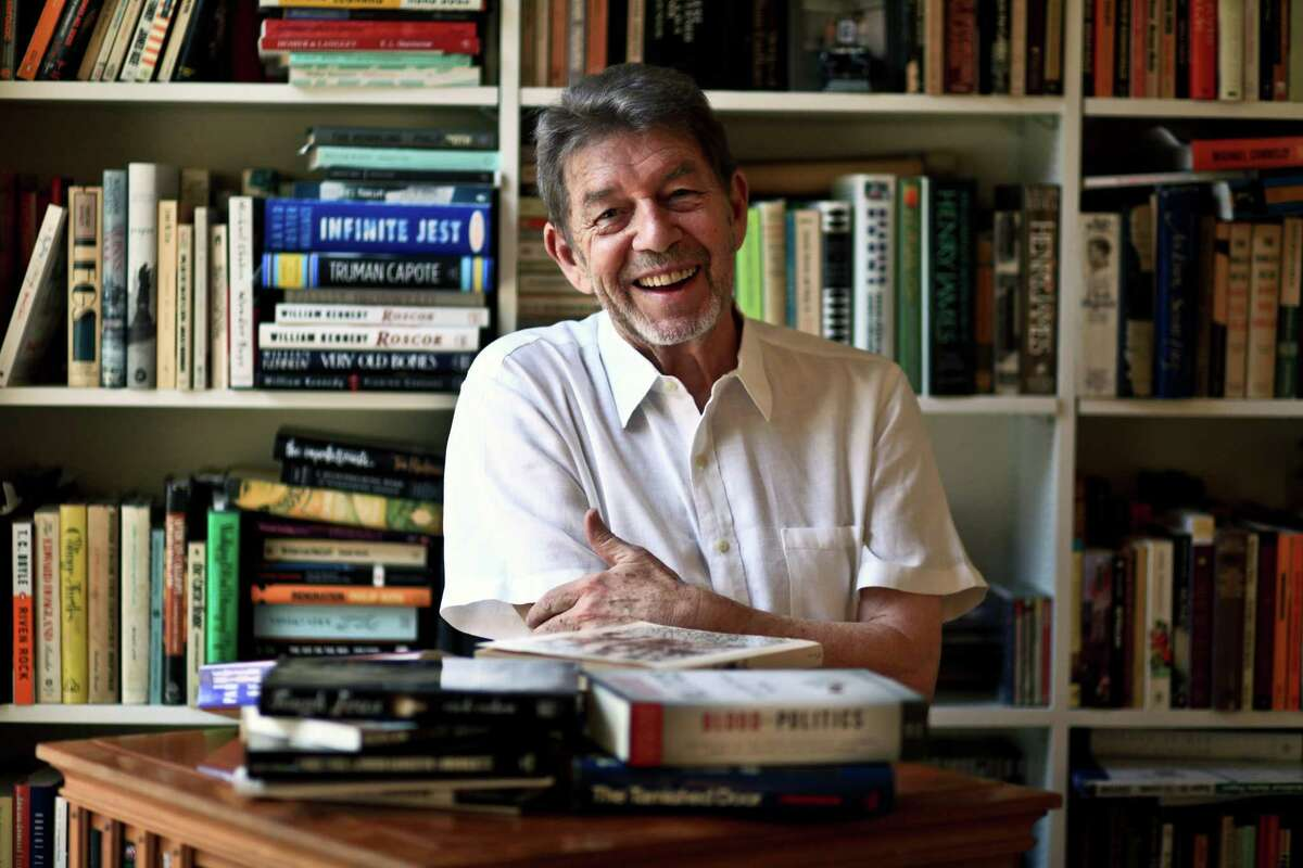 FILE -- Pete Hamill, the journalist and author, at his home in lower Manhattan on Aug. 11, 2010. Hamill, a high school dropout who turned a gift for storytelling, a fascination with characters and a romance with tabloid newspapers into a storied career as a New York journalist, novelist and essayist for more than a half century, died on Wednesday, Aug. 5, 2020, in Brooklyn. He was 85. (Fred R. Conrad/The New York Times)