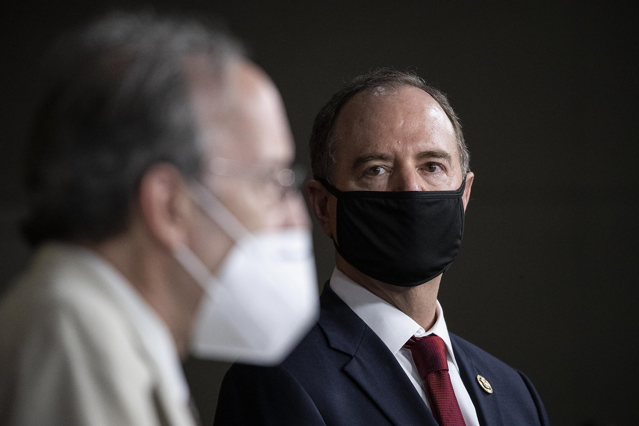 A mask in every mailbox? California Democrats up pressure campaign in Congress