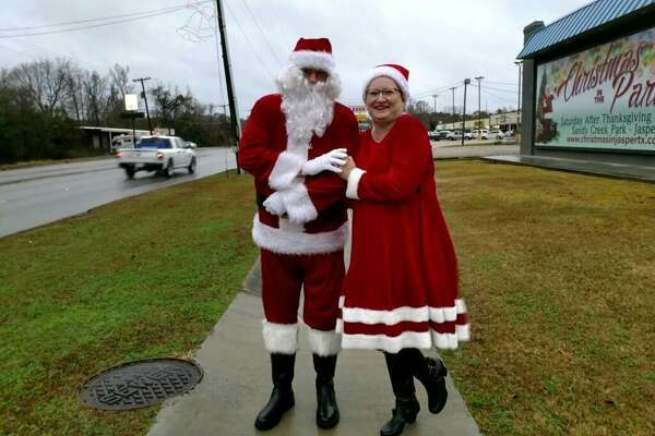 Richard Holley, 62, dressed up as Santa Claus Jasper's annual Christmas parade. The corrections officer died from the coronavirus Tuesday, according to a TDCJ news release.