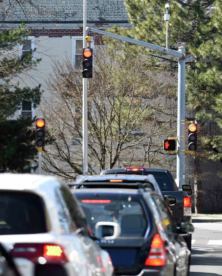 Three traffic lights signal traffic to stop at the end of the one way, one lane 6th Street in Stamford, Conn. Monday, March 18, 2018. Photo: Tyler Sizemore / Hearst Connecticut Media / Greenwich Time