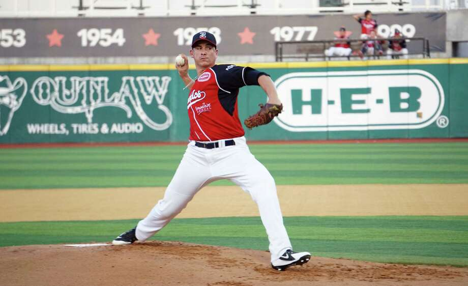 Henry Omana joined the Tecolotes late last season and went 1-2 as a starter with a 7.65 ERA. Photo: Courtesy Of The Tecolotes Dos Laredo