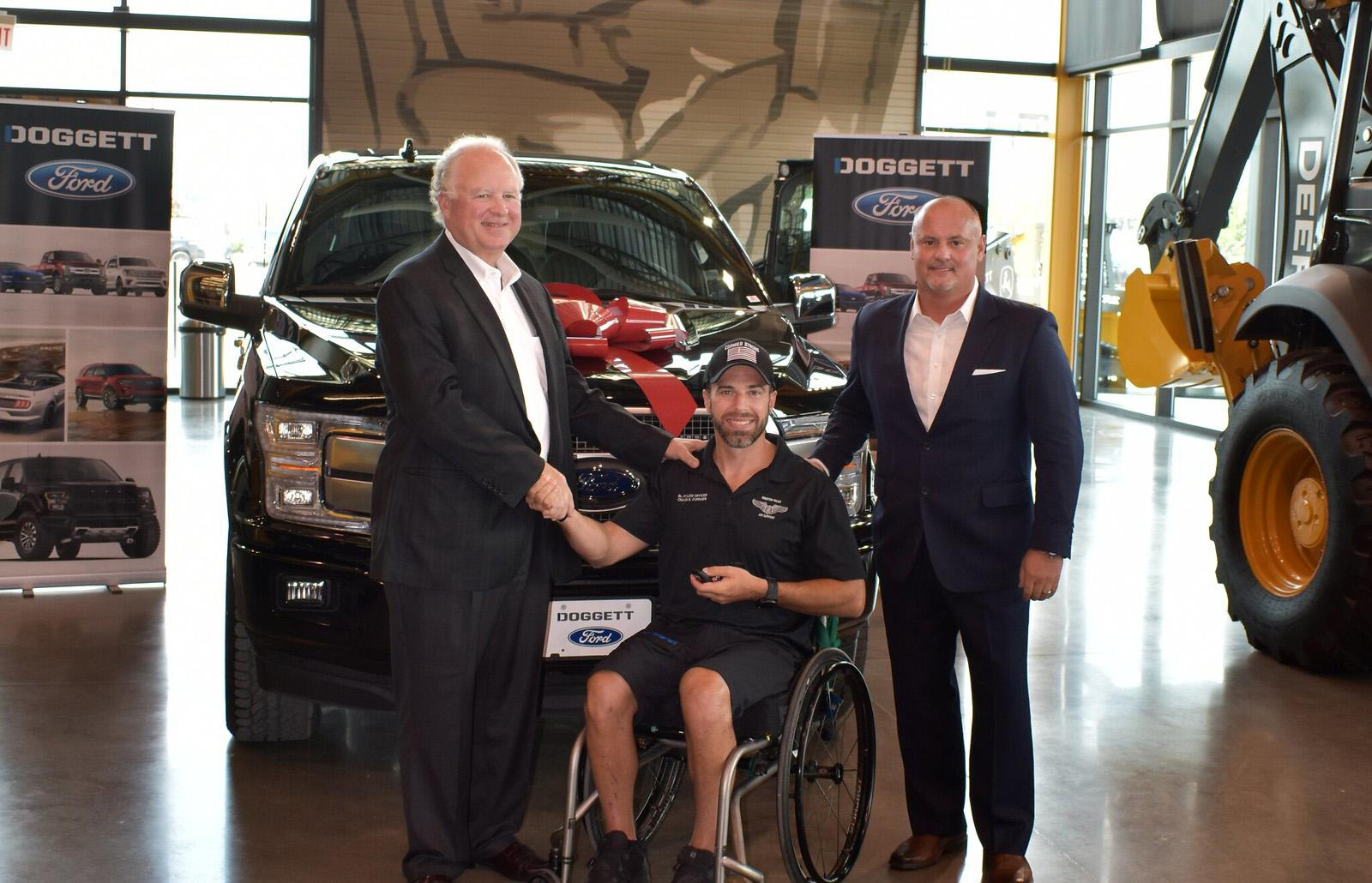 100 Club, Doggett Ford donate new F-150 to recovering HPD pilot
