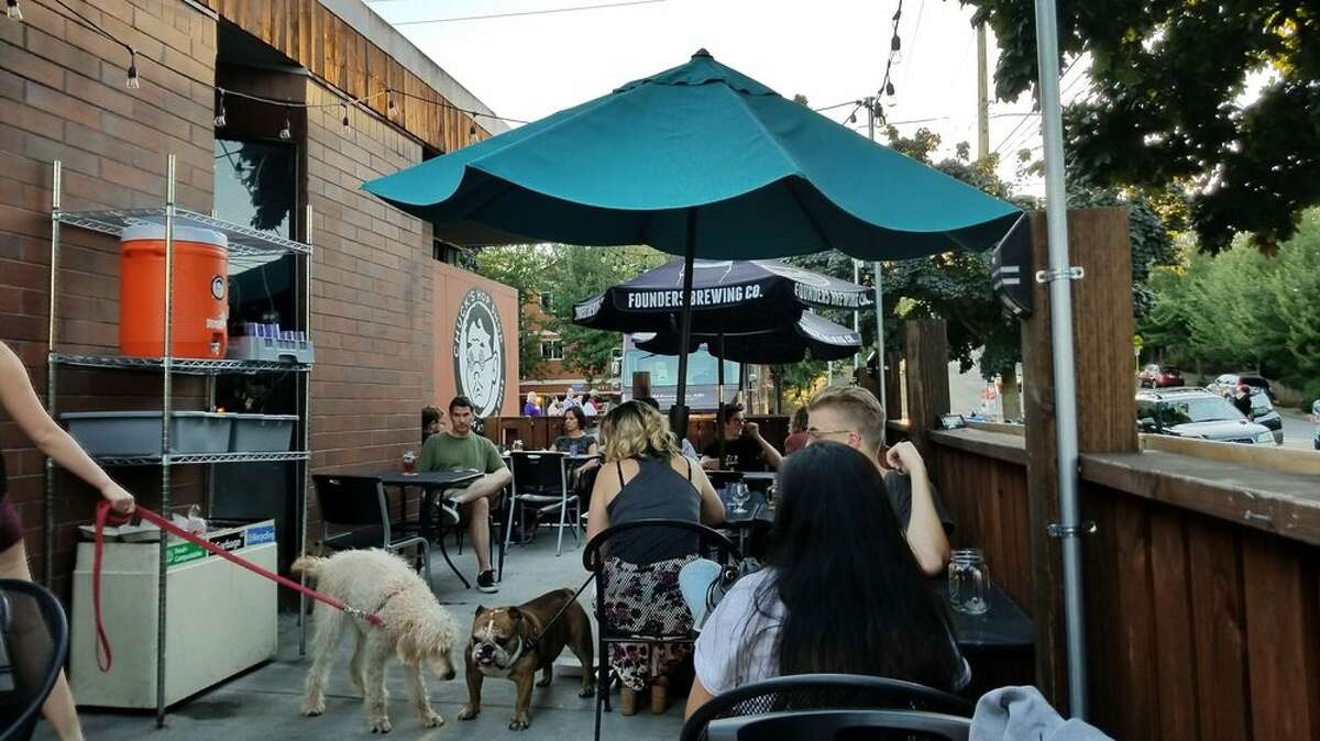 Nothing goes together quite like cold beers and cute pups, and that's what Chuck's is all about. Both locations in Greenwood and the Central District having ample outdoor seating for people and pets alike. Local food trucks are also available for a quick bite. Seating is by reservation only and reservations must be made 60 minutes in advance in order to secure a table.