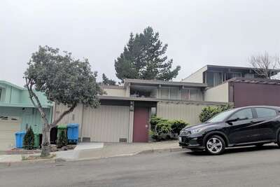 This Eichler home is for rent.