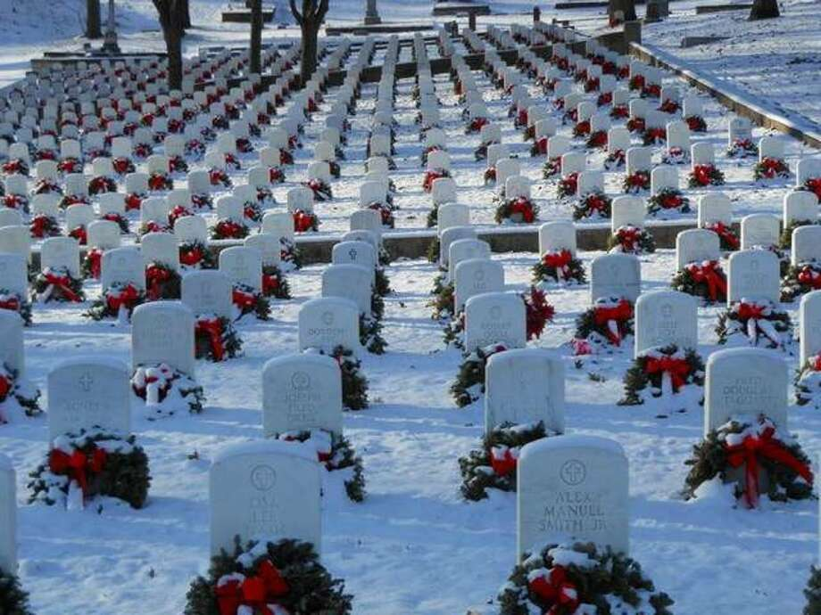 Alton National Cemetery veterans' graves after a previous Wreaths Across America ceremony. Wreaths Across America Mobile Education Exhibit, hosted by Wreaths Across America, Alton chapter, will stop in Alton, from 9 a.m.-3 p.m., Wednesday, Aug. 12, at Riverfront Park, which will be open for the exhibition. Photo: File Photo