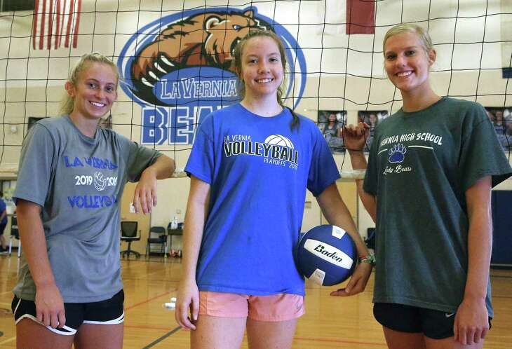 Emily Reinhard, from left, Madelynn Wallace and Meghan Stiefer all made the Express-News Class 4A all-area team as juniors last season. Wallace, the District 30-4A MVP, is committed to Texas A&M-Kingsville.