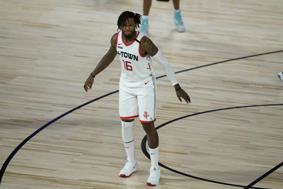 LAKE BUENA VISTA, FLORIDA - AUGUST 09: Ben McLemore #16 of the Houston Rockets stands on the court during action against the Sacramento Kings in the second half at HP Field House at ESPN Wide World Of Sports Complex on August 9, 2020 in Lake Buena Vista, Florida. NOTE TO USER: User expressly acknowledges and agrees that, by downloading and or using this photograph, User is consenting to the terms and conditions of the Getty Images License Agreement. (Photo by Ashley Landis-Pool/Getty Images)