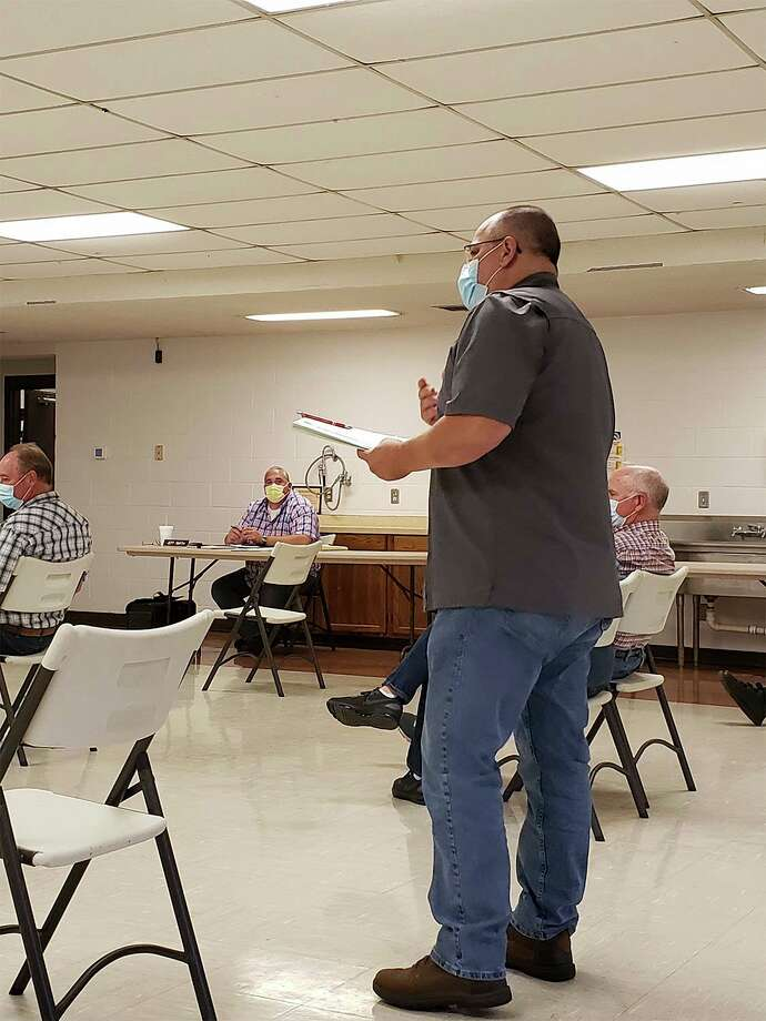 Randy Miller speaking during the planning commission's Wednesday meeting. (Robert Creenan/Huron Daily Tribune)