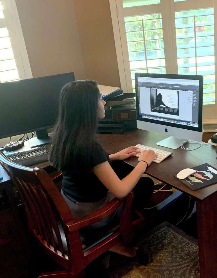 Asha Kalapatapu, a 12th grader at Seven Lakes High School in Katy Independent School District, engages in virtual learning from home. Photo: Courtesy Photo
