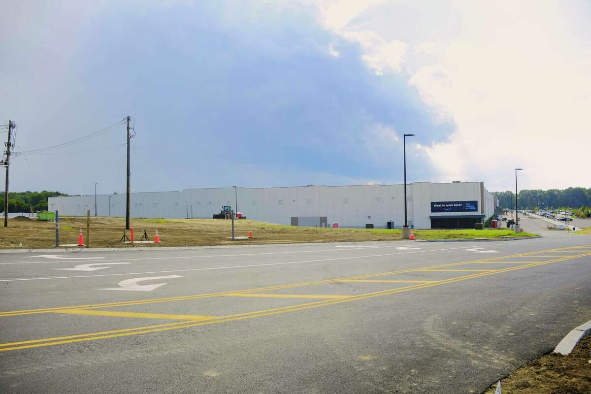 Construction work continues on the Amazon distribution center, seen here on Monday, Aug. 10, 2020, in Schodack, N.Y. (Paul Buckowski/Times Union)