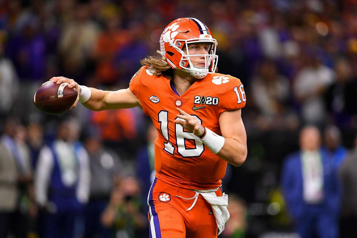 Trevor Lawrence #16 of the Clemson Tigers passes against the LSU Tigers during the College Football Playoff National Championship held at the Mercedes-Benz Superdome on January 13, 2020 in New Orleans, Louisiana. (Photo by Jamie Schwaberow/Getty Images)