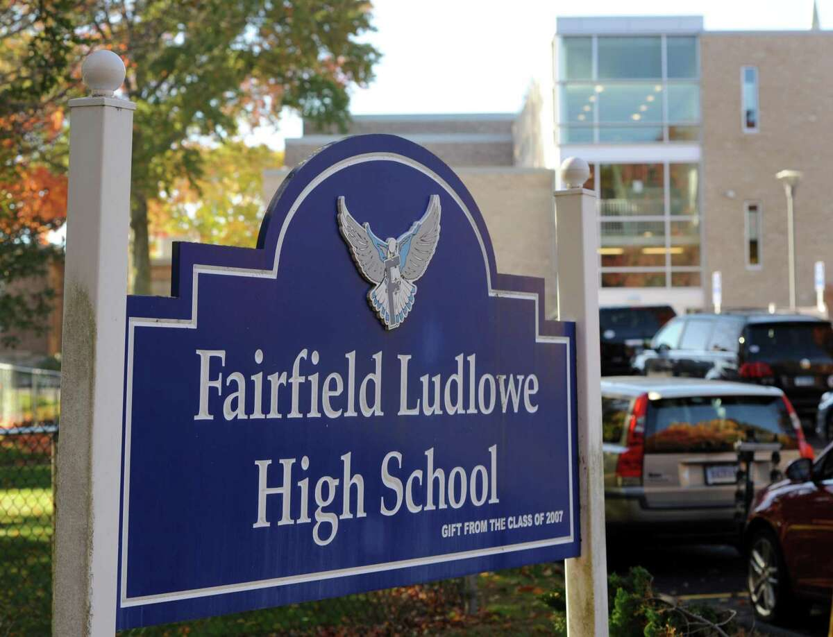 The Fairfield Ludlowe High School sign at 785 Unquowa Road in Fairfield, Conn.