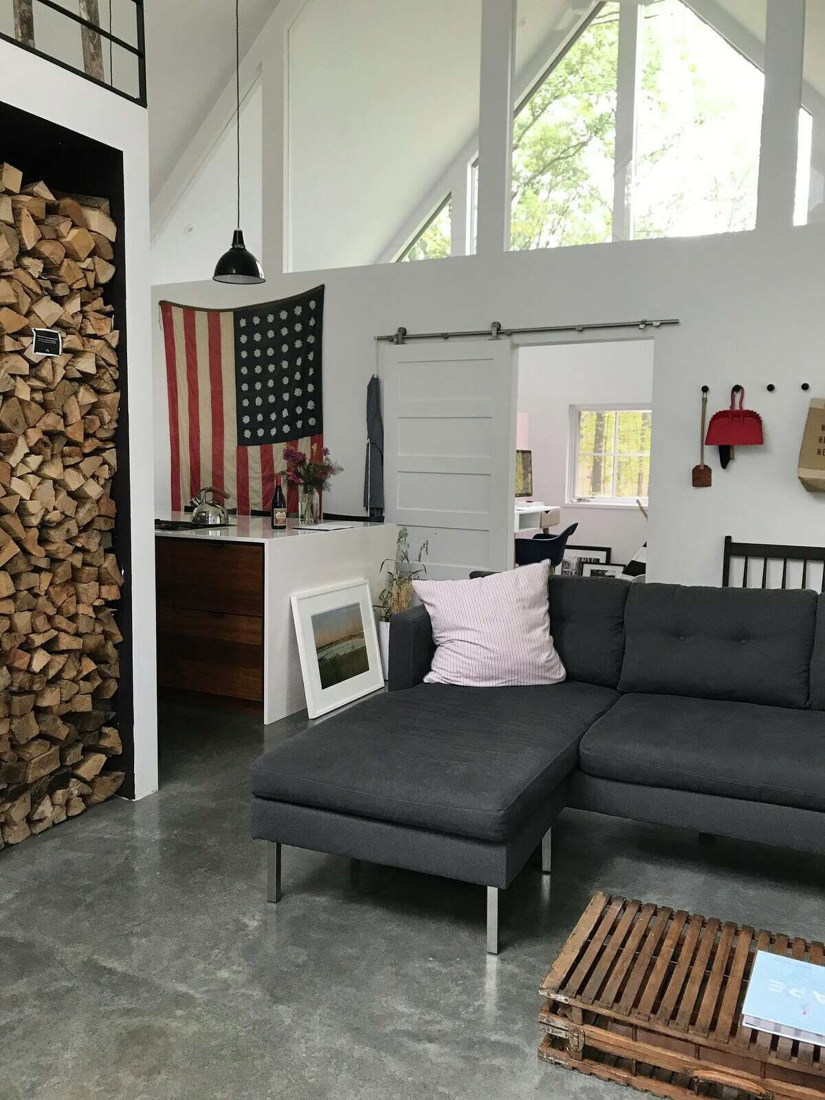 Red Hook, New York | Room for 6 guests | $358 per night